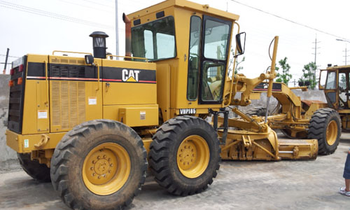 Tips for buying used excavators : For construction and heavy industries, used excavator are in extensive demand. They are used for excavation for a number of construction purposes. Buying a new brand excavator is very expensive. If you require an excavator and that too at low prices, then buying used excavator is the best option. Saving of at least 25 to 50 percent money is guaranteed with the purchase of used excavators. Need for knowing about used excavator: