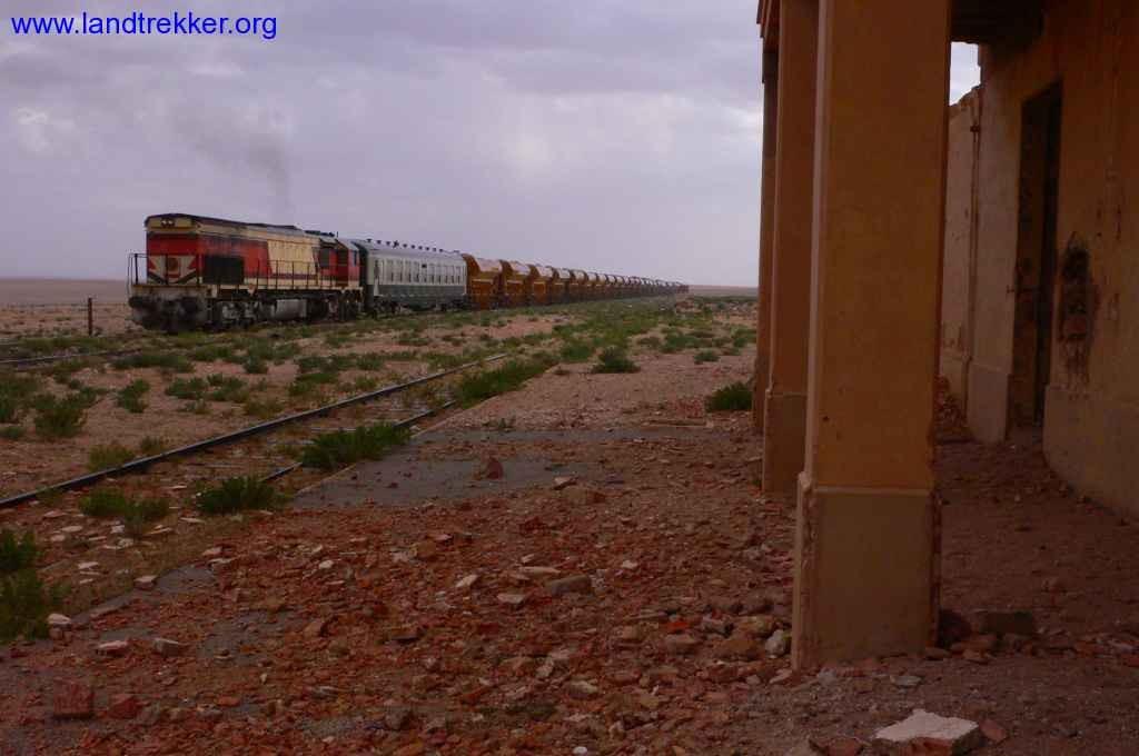 train de desert du Maroc :