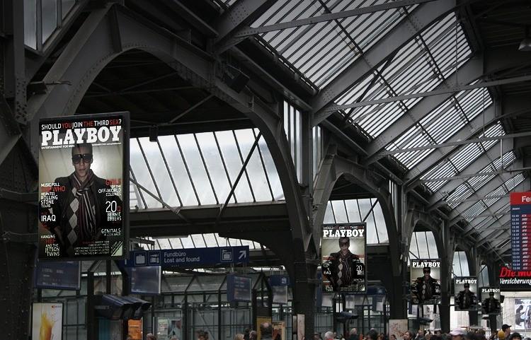 mes affiche dans la gare